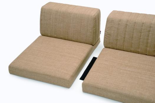 L型またはI型は、付属のジョイント布で連結することができます。(L型R・L型L・I型に各1枚付いています。)